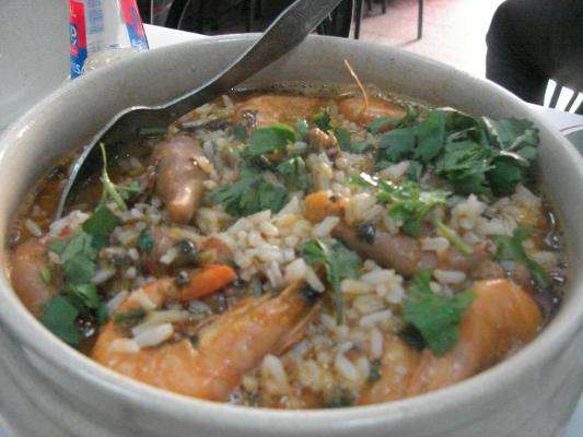 lulas crevettes riz et coriandre